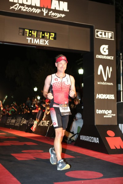 IMAZ_Lloyd_finishline